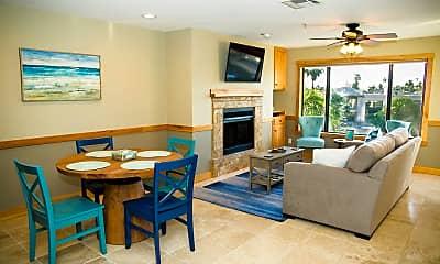 Living Room, 10080 E Mountainview Lake Dr 363, 1