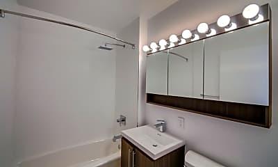 Bathroom, 111 John St, 2