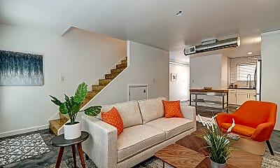 Living Room, 1633 W Missouri Ave 33, 1