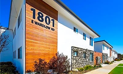 1801 E Wardlow Rd, 0