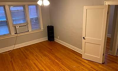 Bedroom, 5101 S Kingshighway Blvd, 1