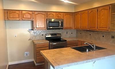 Kitchen, 301 Calico Ct, 1