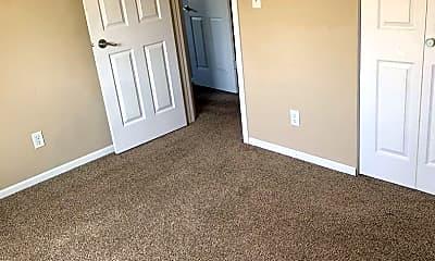 Living Room, 3211 E Rosser Ave, 2