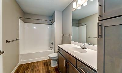 Bathroom, The Madison Studios, 2