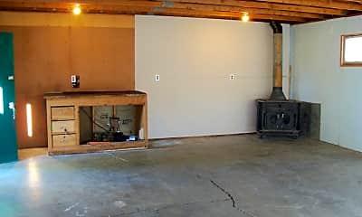 Living Room, 803 Custer Ave, 2