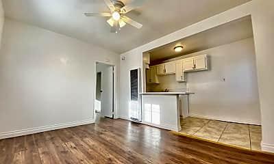Living Room, 707 W 70th St, 0