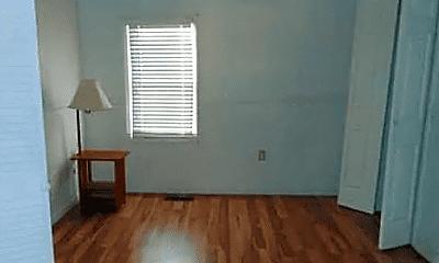 Bedroom, 907 W Webster St, 2