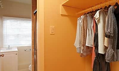 Bedroom, 22284 Mission Blvd, 2