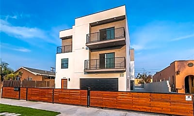 Building, 2154 S West View St, 2