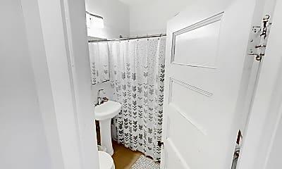 Bathroom, 173 Rindge Avenue, Unit 3L, 2
