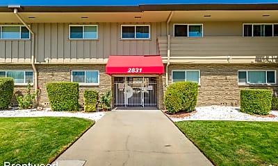 Building, 2823 El Camino Ave, 2