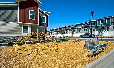 Playground, Diamond Ridge Townhomes, 2