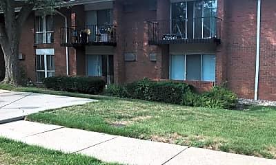 Arbor Village Apartments, 2