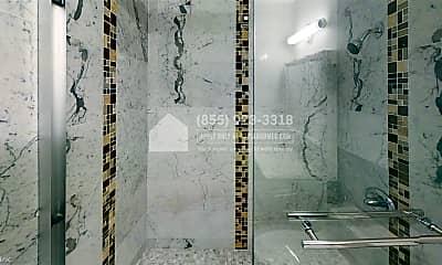 Bathroom, 2250 Mission St, 2