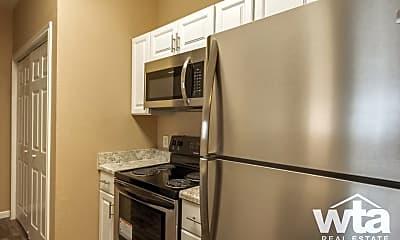 Kitchen, 520 Fm 306, 2