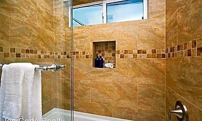 Bathroom, 3574 Fourth Ave, 2