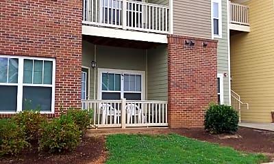 Hampton Greene Apartments, 2