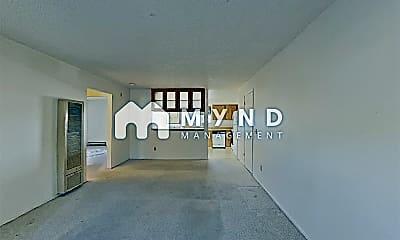 Living Room, 3700 Odin Way, 1