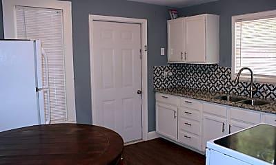 Kitchen, 1312 E Alamo St, 1
