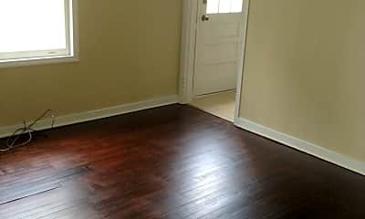 Living Room, 720 Warren St, 1