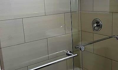 Bathroom, Oakridge on the Green, 2