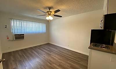 Living Room, 3311 Bagley Ave, 0