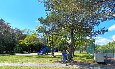 Playground, 717 Pintail Ct 717, 2