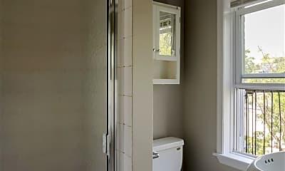 Bathroom, 294 Pavonia Ave 3, 2