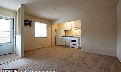 Living Room, 4544 Nicholas St, 0