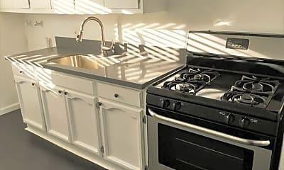 Kitchen, 1535 W 35th St, 1
