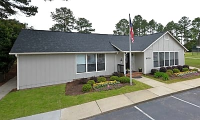 Windtree Apartment Homes, 1