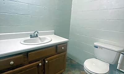 Bathroom, 161 Berkshire Pl, 2