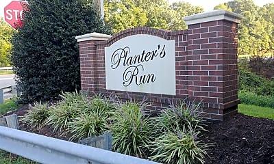 Planters Run Apartments, 1