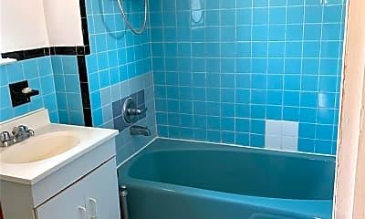 Bathroom, 48-12 90th St, 2