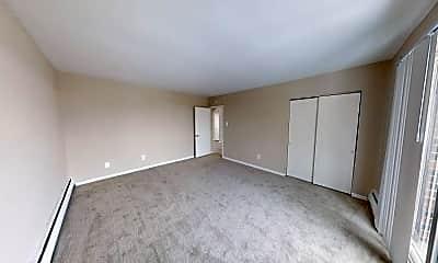 Edgewater Apartments, 2