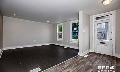 Living Room, 374 Lincoln Way E, 1