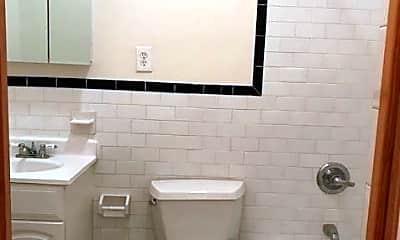 Bathroom, 525 Hudson St, 2