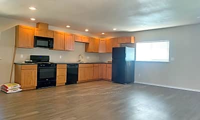 Living Room, 16802 106th Ave SE, 2