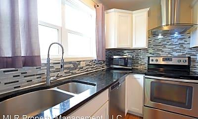 Kitchen, 605 S Aurora St, 2