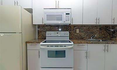 Kitchen, 2435 Van Buren St 5A, 0