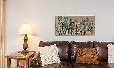 Living Room, 3313 N 68th St 209, 1