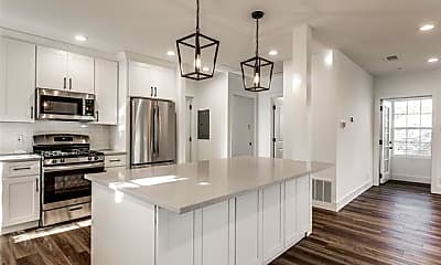 Kitchen, 6204 Richmond Ave, 1