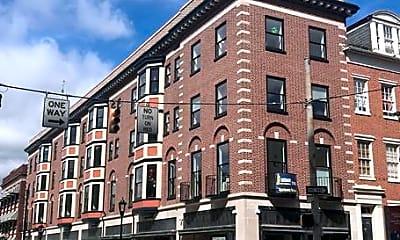Building, 19 N Duke St 403, 0
