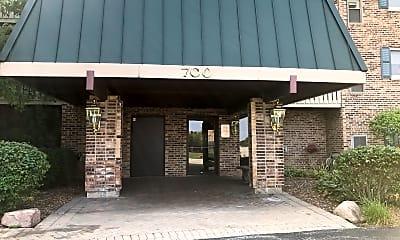 12 Oaks at Elk Grove, 0