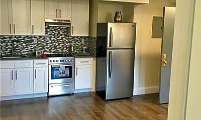 Kitchen, 524 E 236th St 5C, 1