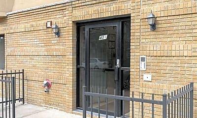 Building, 401 1st St 5, 2