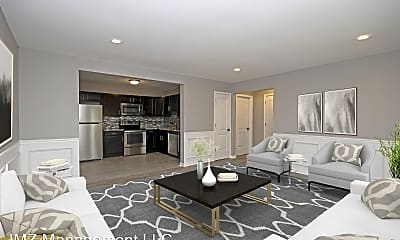 Living Room, 4127 Kent Rd, 1