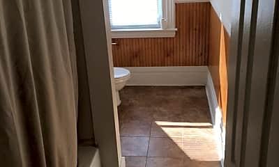 Bathroom, 1420 Claim St, 2