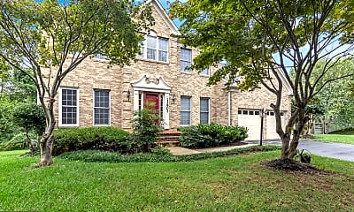 Building, 13907 Willow Tree Dr, 1