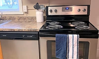 Kitchen, 918 N 6th St, 2